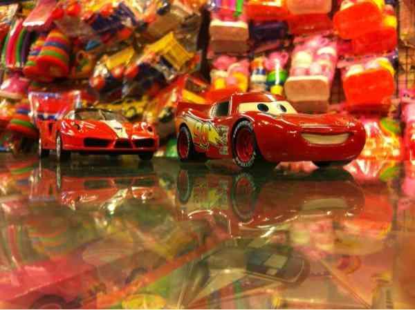Mcqueen Push back Mattel car