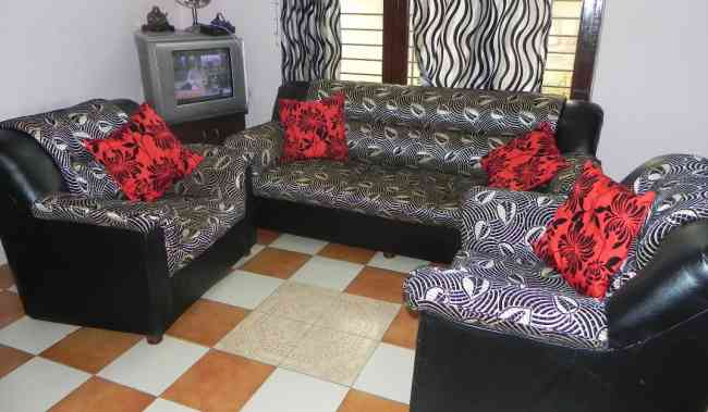 italian sofa set one month old for sale